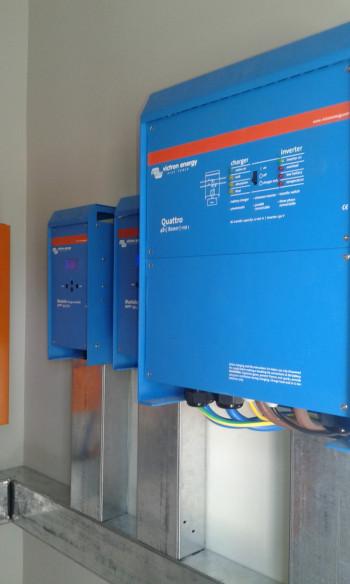 Hybrid photovoltaic system for Elavi Clinic